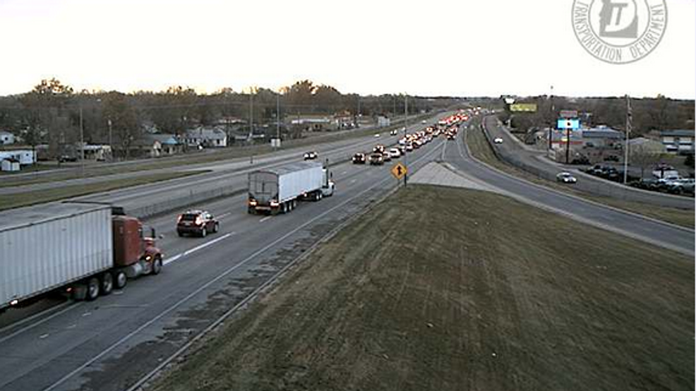Traffic backed up on I-84 in Caldwell | KBOI