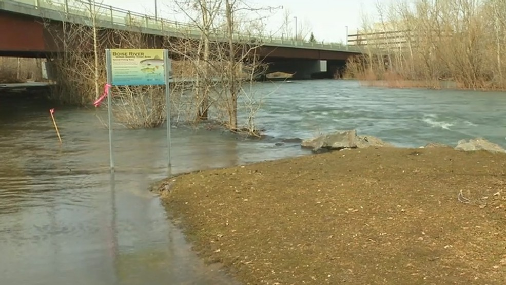 Flood warning issued for areas along Boise River in Ada